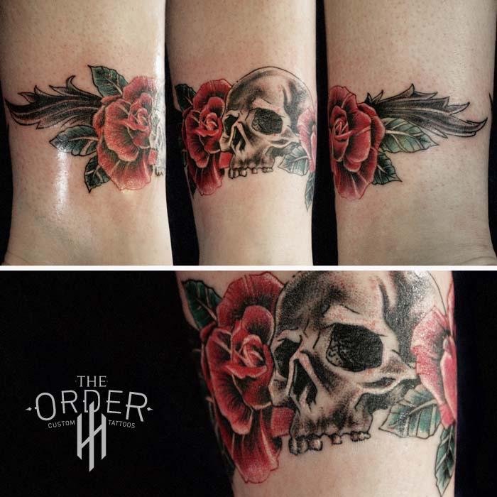 Skull Roses Leaves